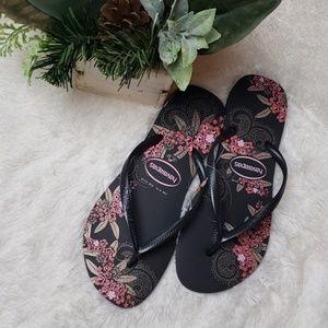 ae74727877dd 🚨NEW LIST! Havaiana Floral Print Flip Flops